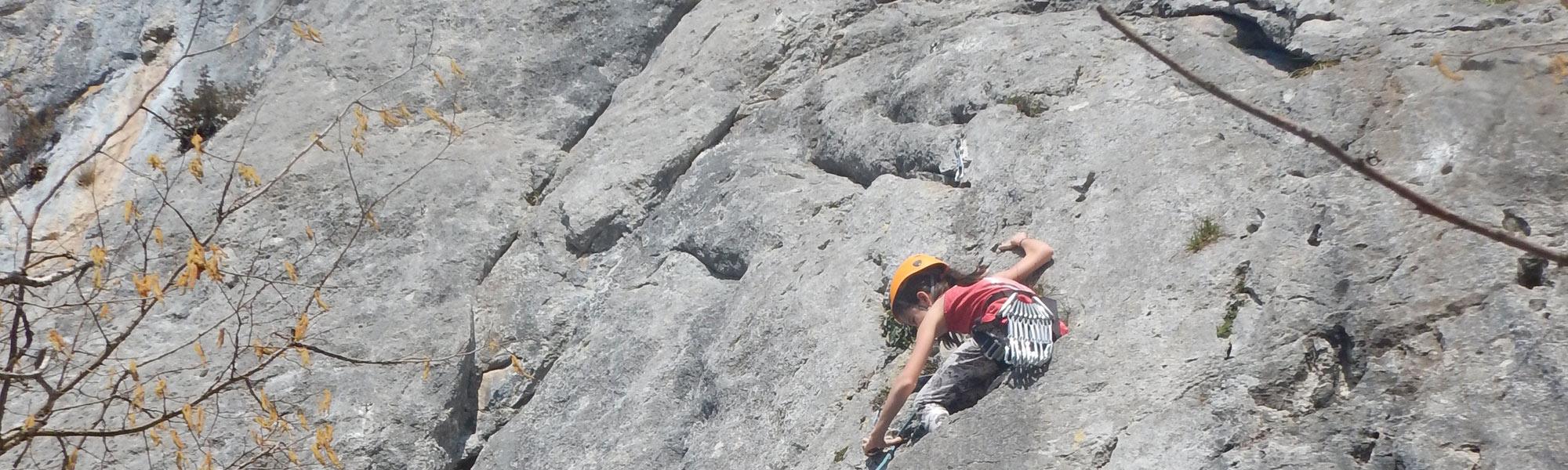 école d escalade en vallee de Campan